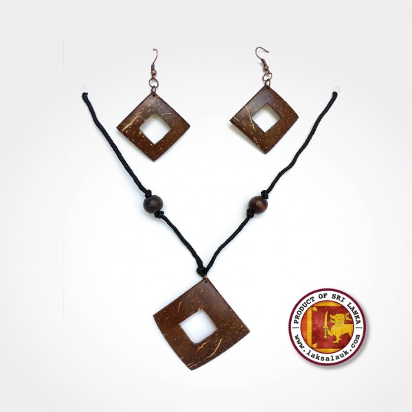 Handicraft Coconut Shell Necklace with Earring Gift Set
