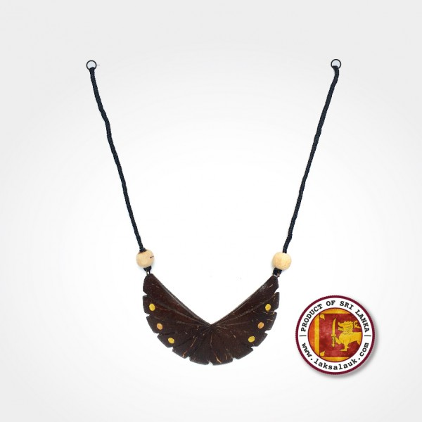 Handicraft Coconut Shell with Herbal Mix Necklace